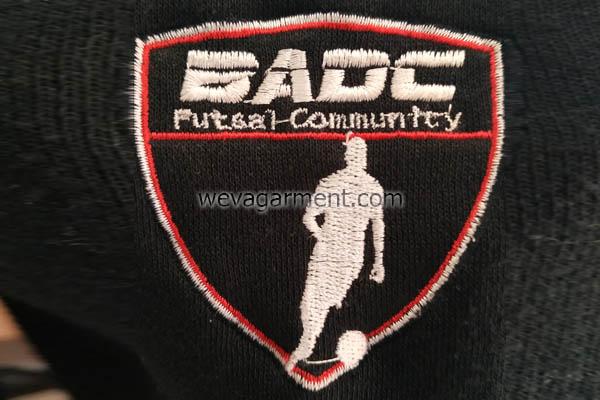 konveksi-jaket-futsal-logo-depan