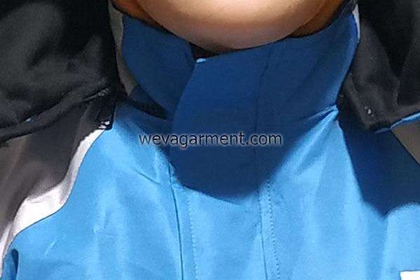 konveksi-desain-jaket-surabaya-kerah-berdiri-hoodie-lepas-pasang